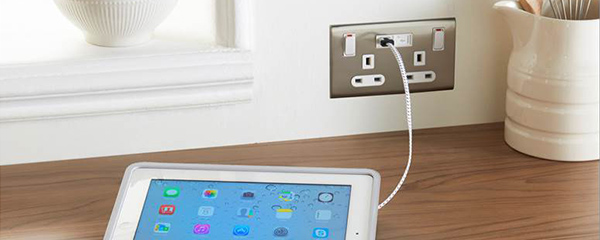 Eaton's New Integrated USB Outlet
